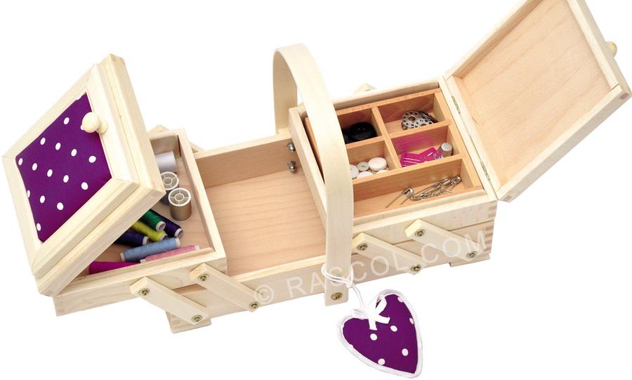 travailleuse en bois coeur et pois violet. Black Bedroom Furniture Sets. Home Design Ideas